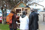 Les boîtes à livres de la ville d'Auxerre ont été réalisées avec des chutes de bois recyclés par l'association « Au bonheur des chutes » - Crédit photo Région Bourgogne-Franche-Comté
