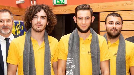 Adrien Amorosini, Clément Durandeau et Romain Guenard, médaille d'or dans la catégorie intégrateur-robotique