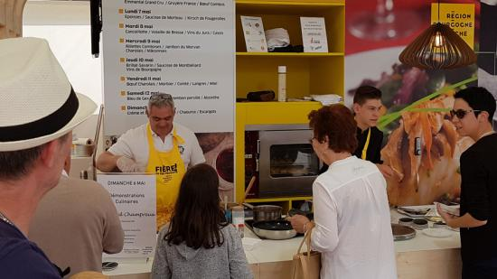 stand de la Région Bourgogne-Franche-Comté à la Foire comtoise 2018