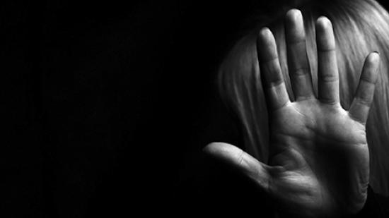 Violences et confinement : des solutions pour les victimes - Crédit Adobe stock