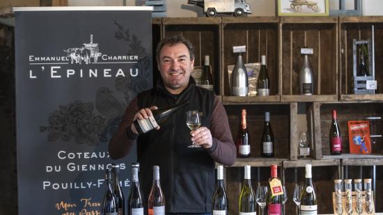 Emmanuel Charrier, vigneron au domaine viticole en coteaux du Giennois (58) - Photo Région Bourgogne-Franche-Comté David Cesbron