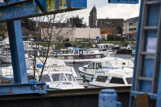 Premier port fluvial intérieur de France, Saint-Jean-de-Losne peut accueillir 600 bateaux. Photo © Région Bourgogne-Franche-Comté David Cesbron