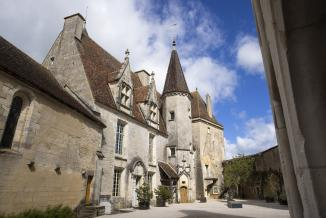 Le château de Châteauneuf – mai 2021 – Photo © David Cesbron