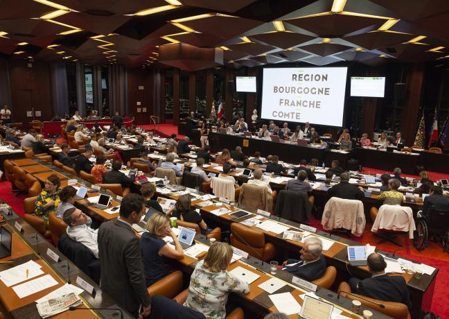 Assemblée plénière de la Région Bourgogne-Franche-Comté à Dijon - Photo David Cesbron