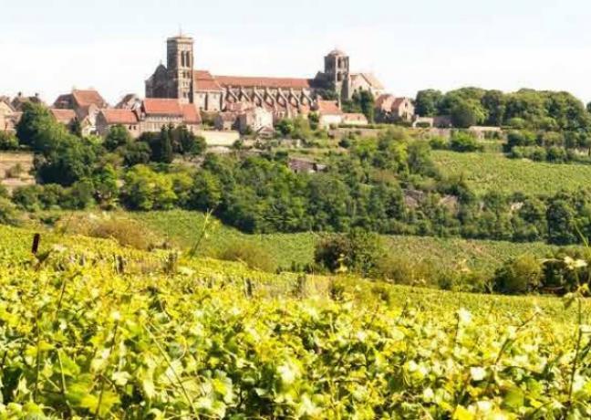 Vézelay (Yonne) - DR