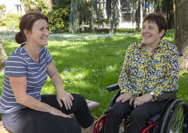 Valérie Depierre, vice-présidente en charge des personnes handicapées et Anne-Marie Dumont, conseillère régionale déléguée au handicap - ©DavidCesbron