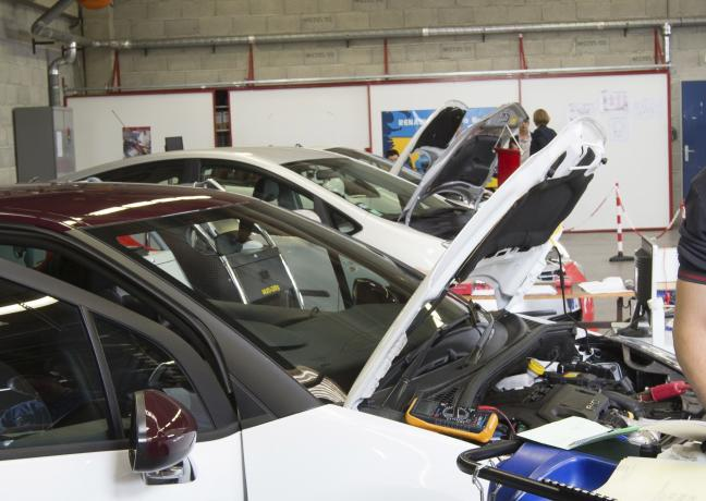 Olympiades des métiers, catégories automobiles - Crédit photo Région Bourgogne-Franche-Comté / David Cesbron