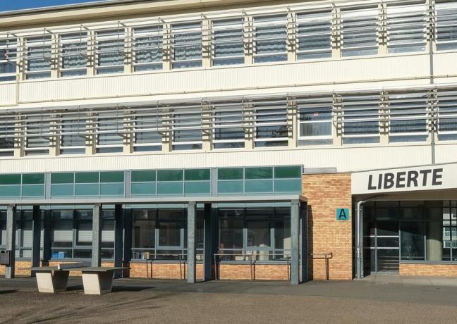 Lycée Germaine Tillon à Montbéliard - Photo Jack Varlet