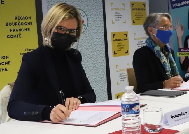 Signature d'un avenant au Pacte régional d'investissement dans les compétences, vendredi 8 janvier 2021 à Valdahon (25)- Photo © Région Bourgogne-Franche-Comté