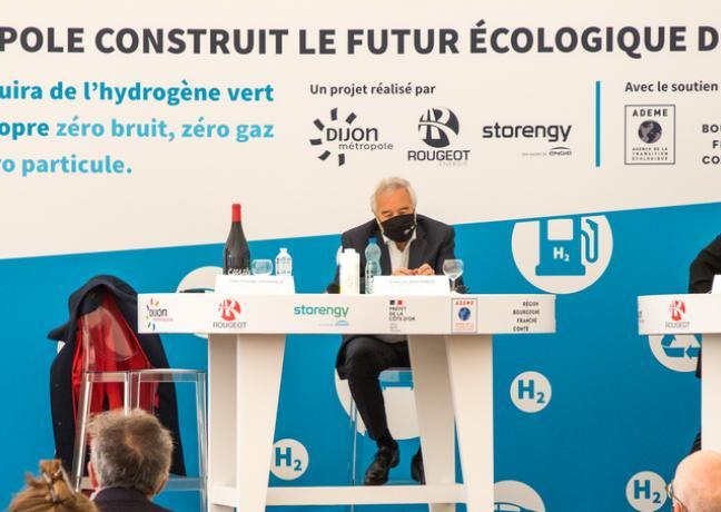 Pose de la première pierre de la station hydrogène vert Dijon nord, mercredi 19 mai 2021 - Photo Région Bourgogne-Franche-Comté