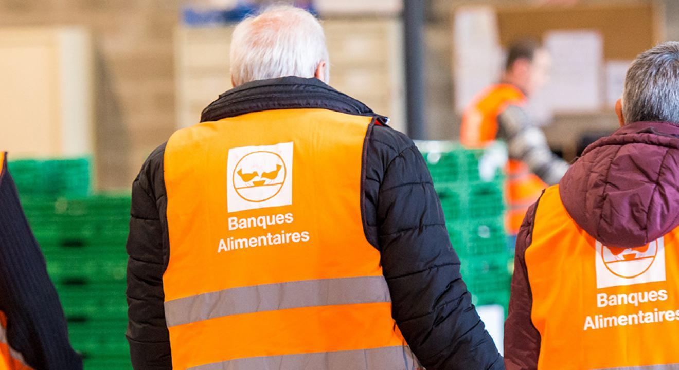Bénévoles banques alimentaires - Photo DR